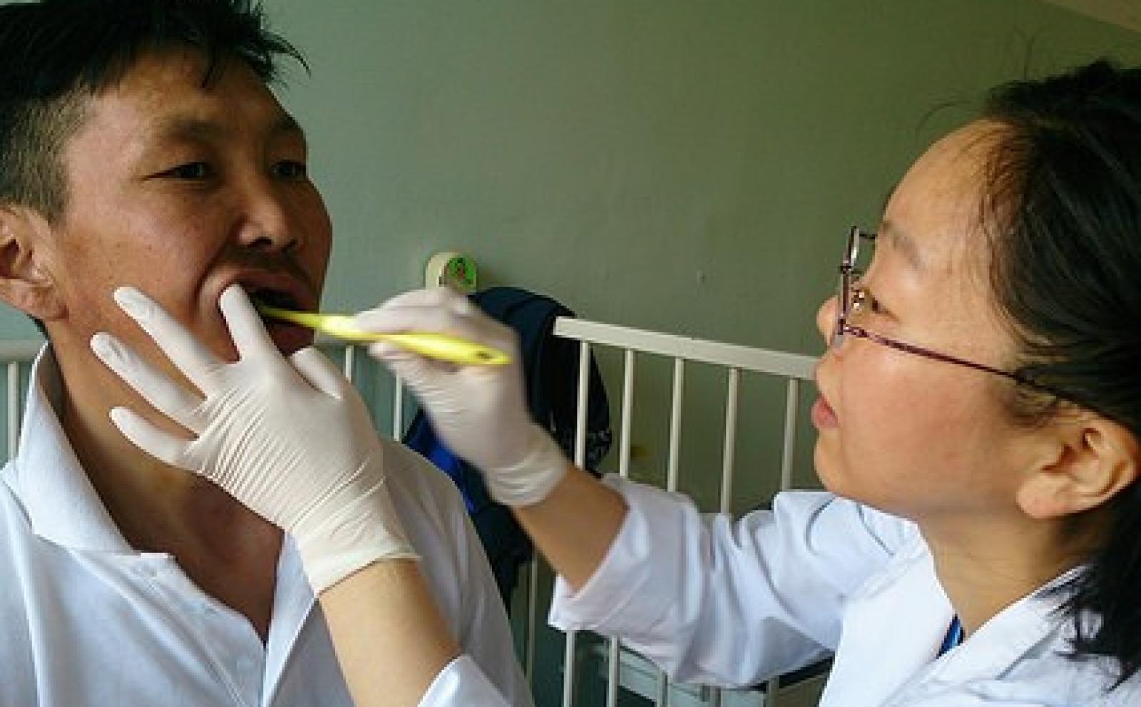 モンゴルで歯科医療に取り組む原口美幸さん